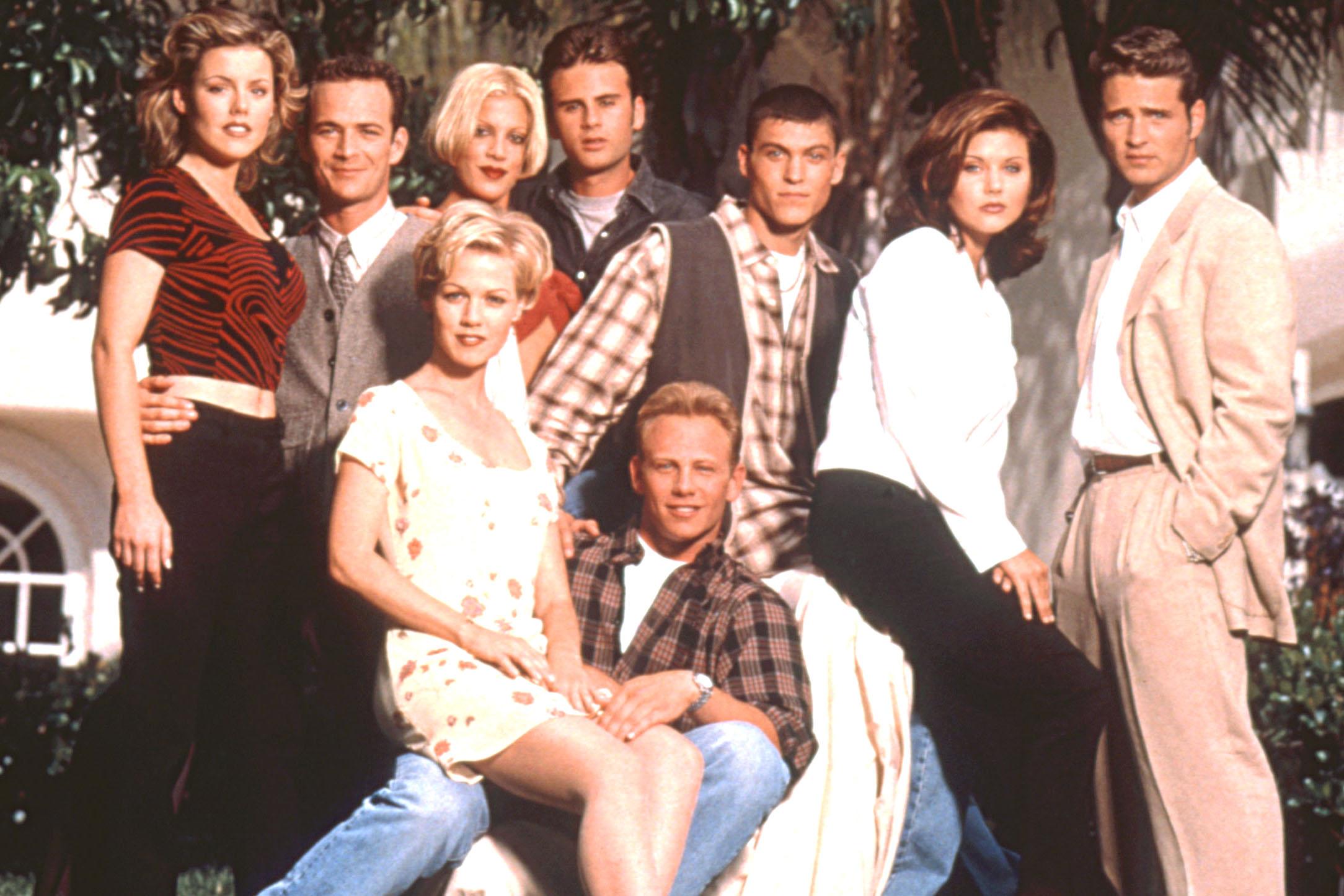 Что случилось с лицом звезды сериала беверли-хиллз, 90210 дженни гарт?