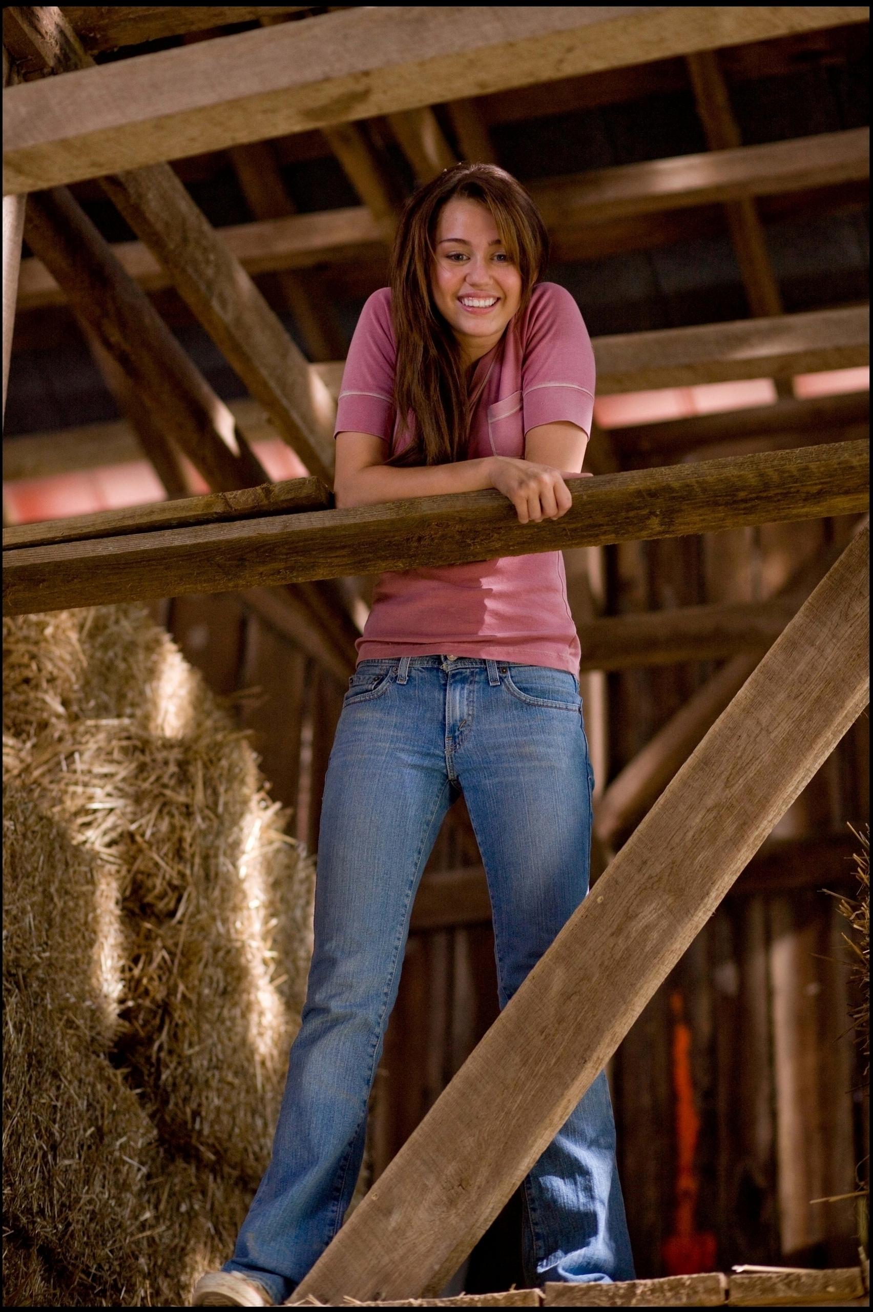 hannah montana the movie theme song movie theme songs